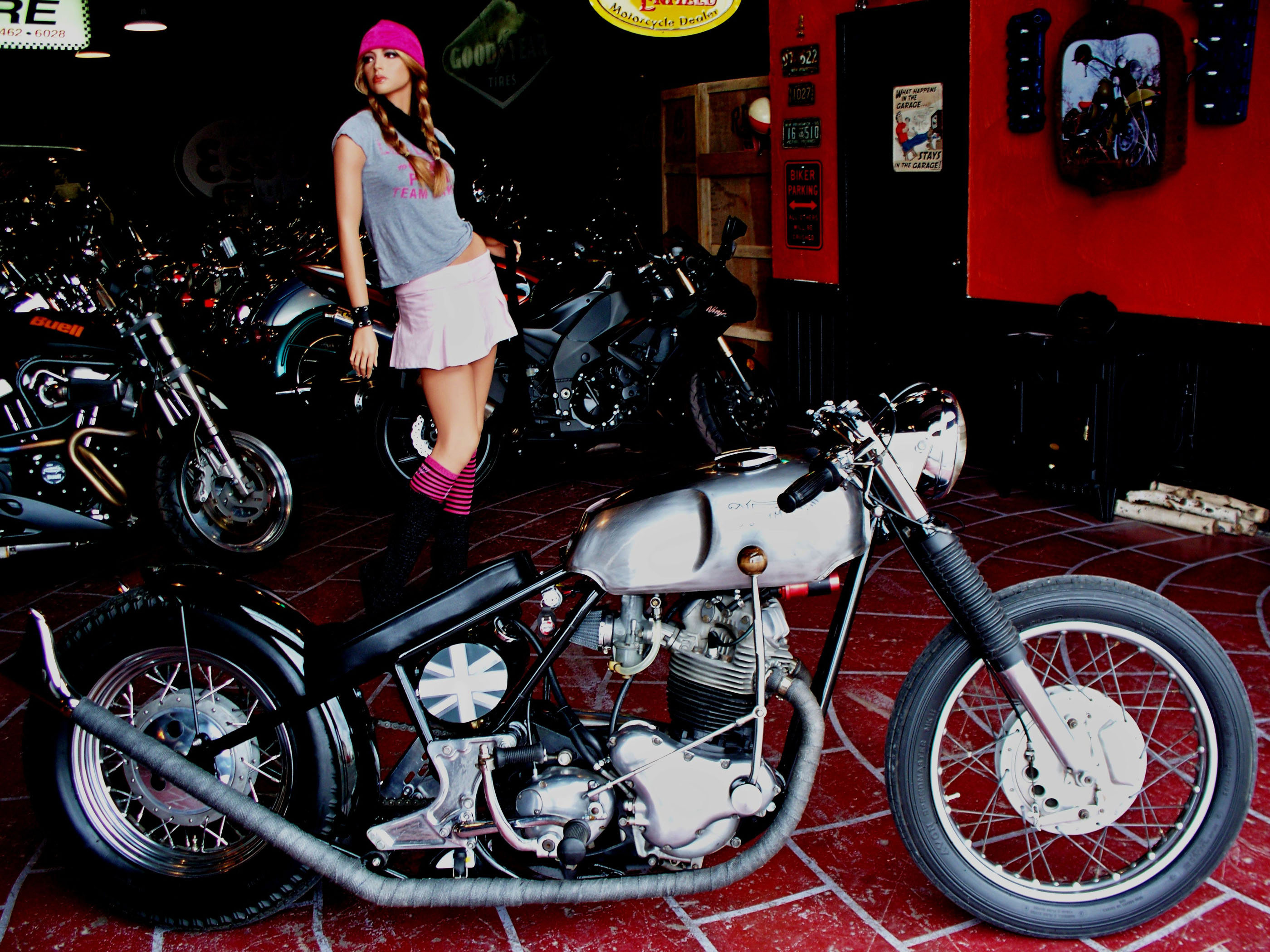 contents bikes customer jmonteith 69 nor comm bobber 004 jpg